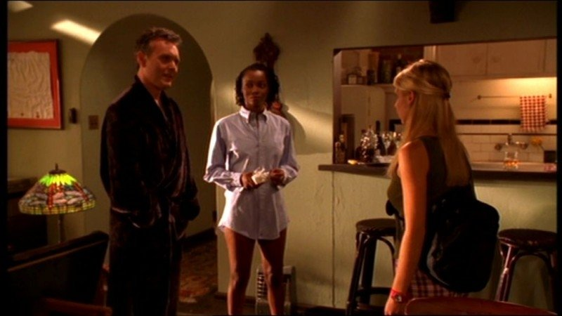 2235334_PhinaOruche-Buffy3.jpg.daaa70b8494e724f1bd7b347128dc3b7.jpg