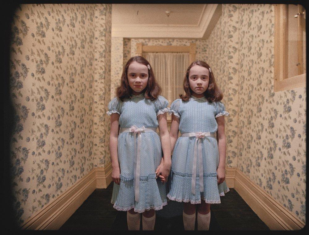 shining_twins_b.thumb.jpg.c27b29b2f2ad4b38f1191b7a1187237a.jpg