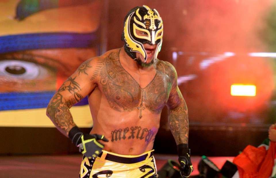 Rey-Mysterio-WWE-Royal-Rumble.jpg.ffee91ea87e2acda5eddfc664d9aa189.jpg