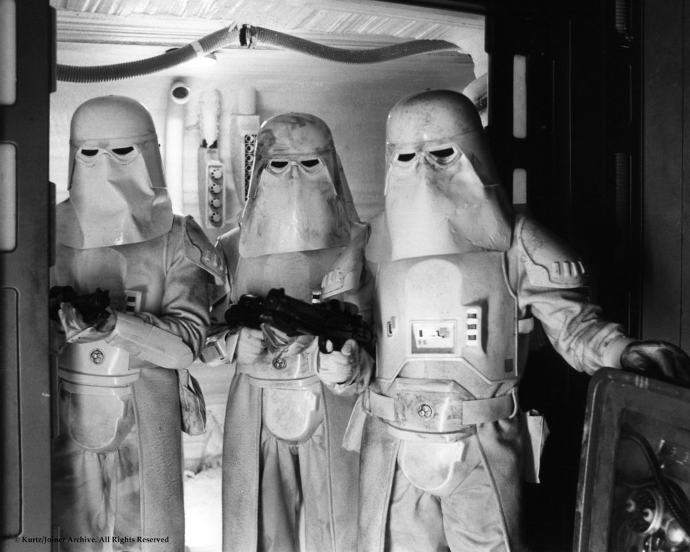 Snowtroopers6.thumb.jpg.963f215aafab9030a2b98b4391360a59.jpg